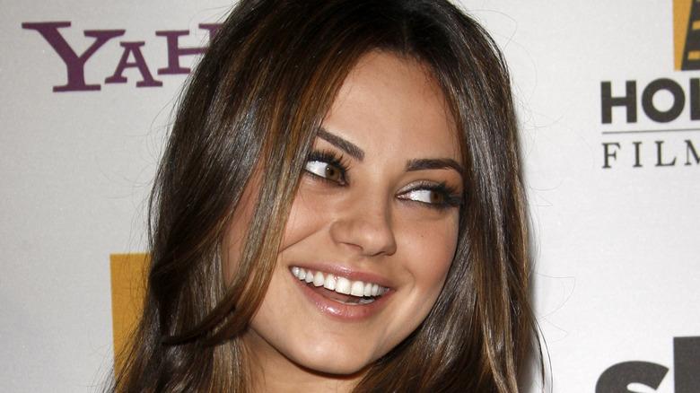 Mila Kunis på Yahoo!  begivenhet