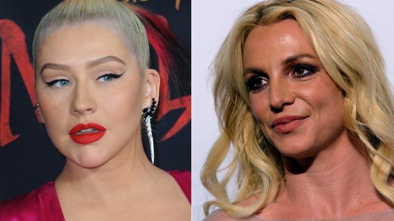 Christina Aguilera poserer og Britney Spears smiler