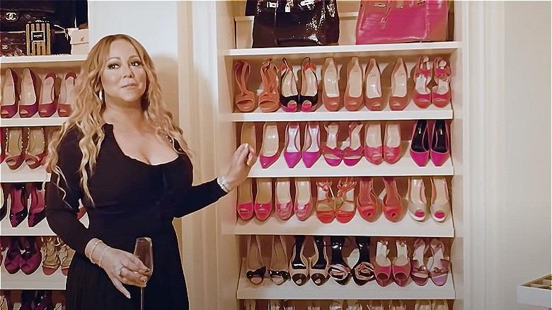 Mariah Carey i skapet sitt