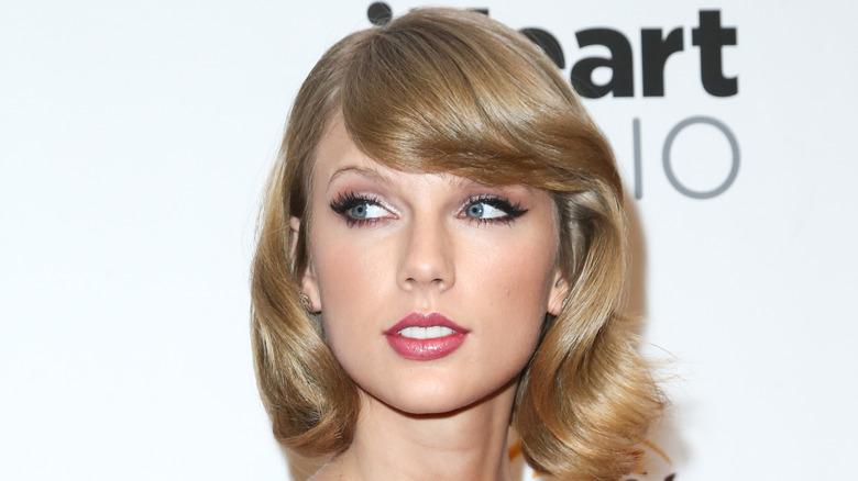 Taylor Swift så bort til siden