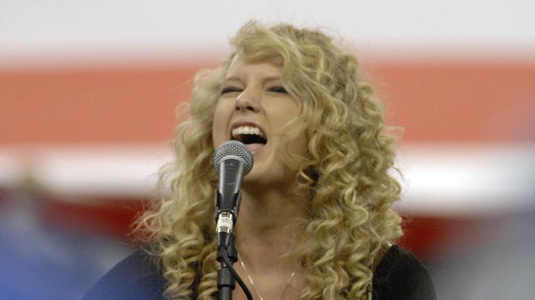 Taylor Swift opptrådte i 2006