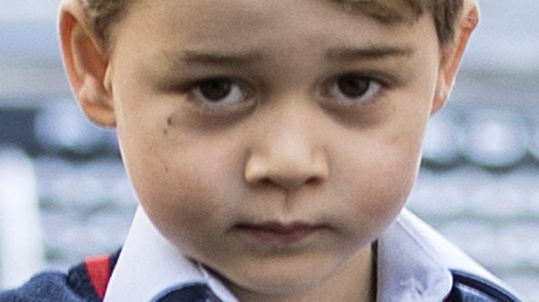 Prins George brune øyne