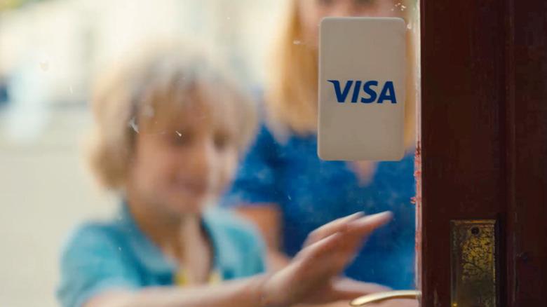 Et skjermbilde fra Visas nye reklame i 2021