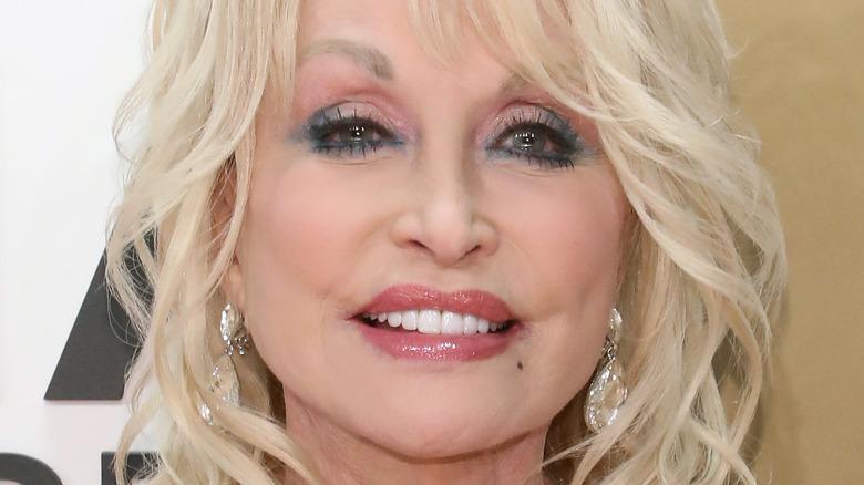 Dolly Parton poserer 2019