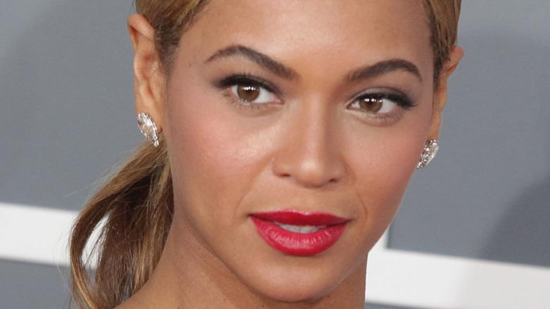Beyonce, Grammys røde løperen