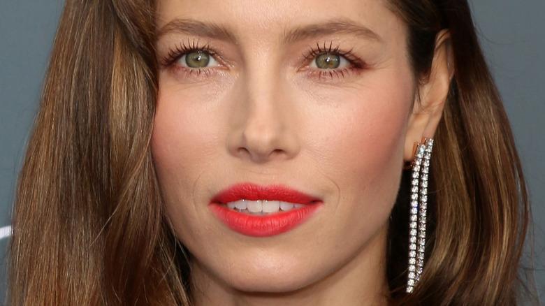 Jessica Biel rød leppestift