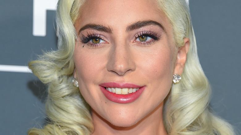 Lady Gaga smiler