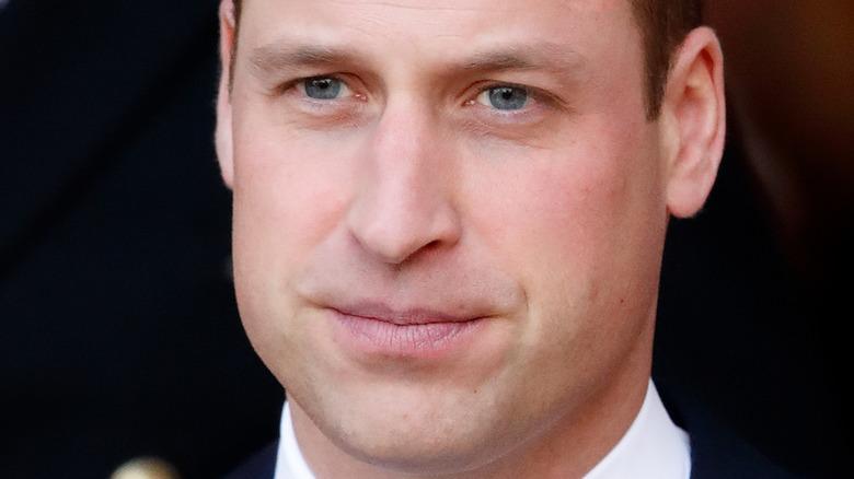Prins William seriøst ansikt