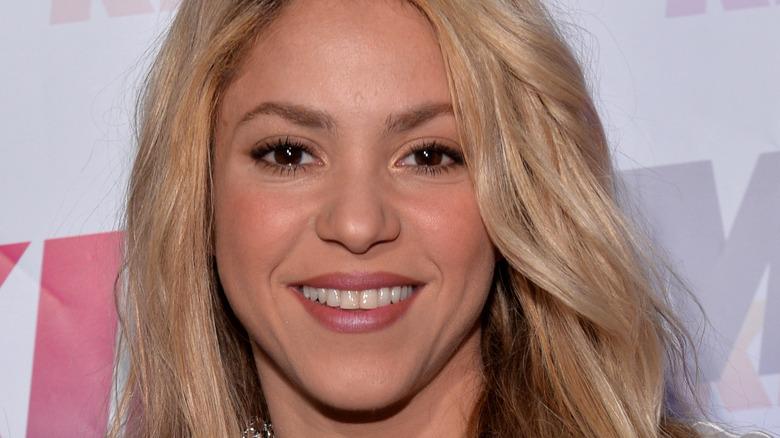 Shakira smiler