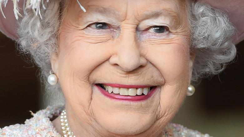 Dronning Elizabeth rosa leppestift