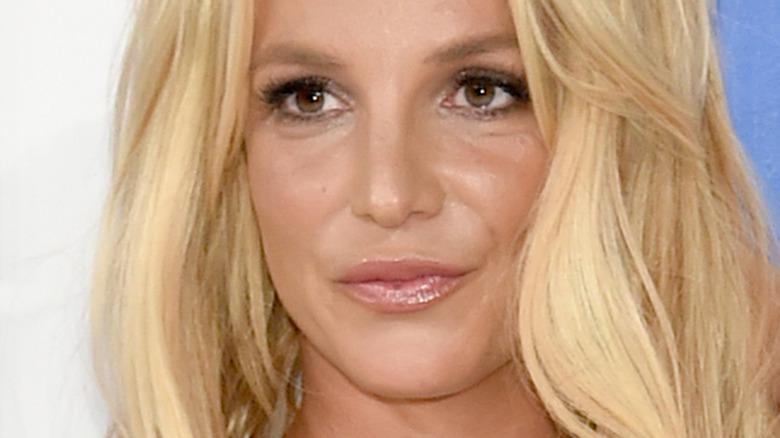 Britney Spears lepper