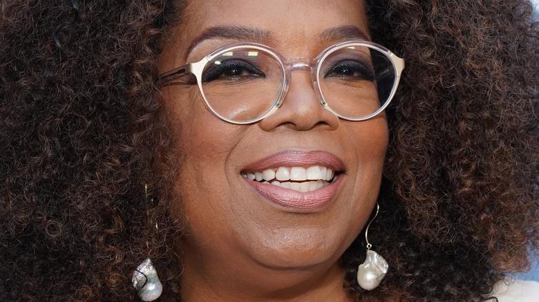 Oprah Winfrey bruker briller