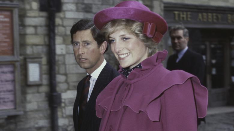 Prinsesse Diana og prins Charles går sammen