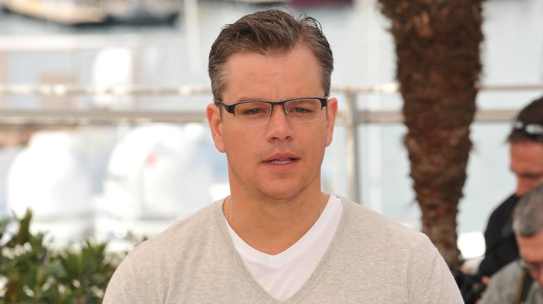 Matt Damon med et nøytralt uttrykk