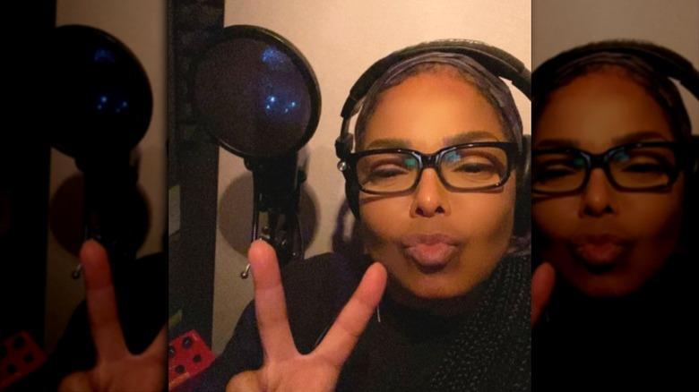 Janet Jackson Instagram selfie