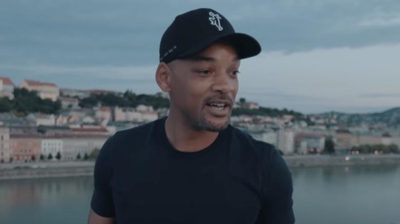 """Will Smith står på en bro for """"In My Feelings"""" -utfordringen"""