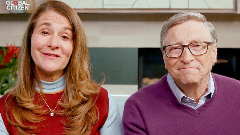 Bill og Melinda Gates snakker