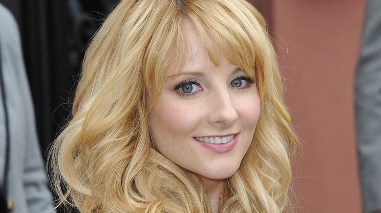 Melissa Rauch smiler