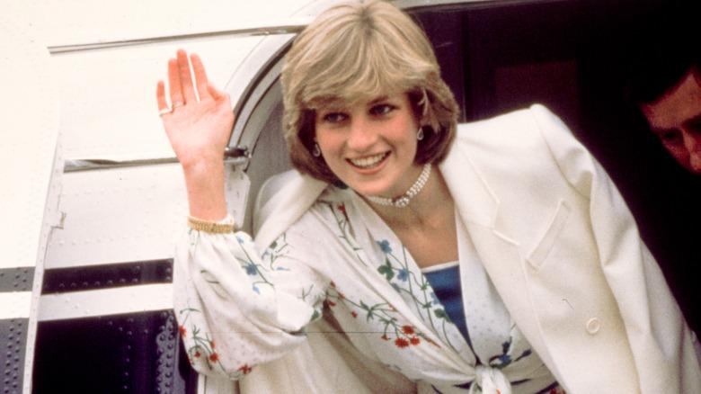 Prinsesse Diana vinker