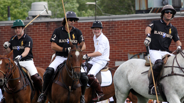 Nacho Figueras og prins Harry spiller polo