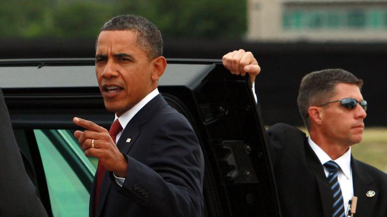 Barack Obama setter seg inn i et hemmelig servicebil