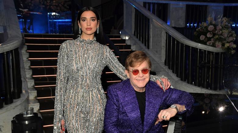 Dua Lipa står over Elton John