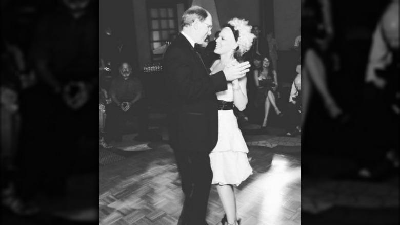 Jim Moore og Pink danser i bryllupet hennes