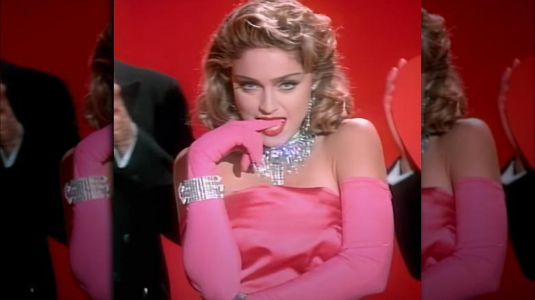 Madonna i Material Girl musikkvideo
