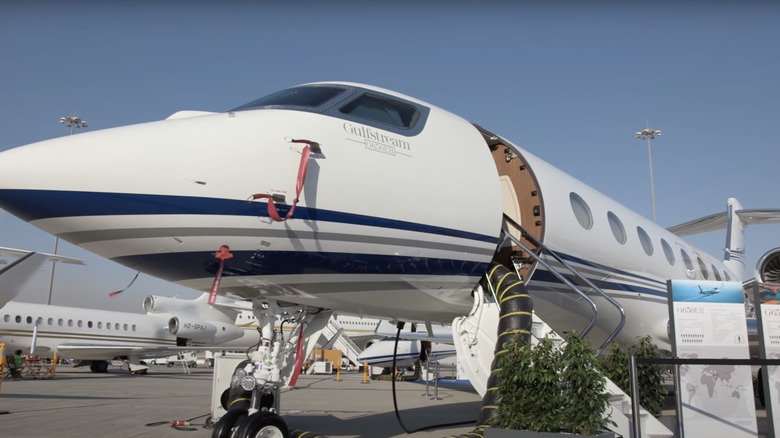 Gulfstream 650ER jet
