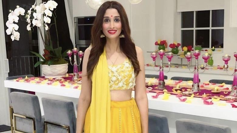 Anisha Ramakrishna iført tradisjonelle indiske klær