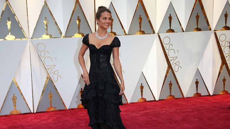 Alicia Vikander på Oscars røde løper
