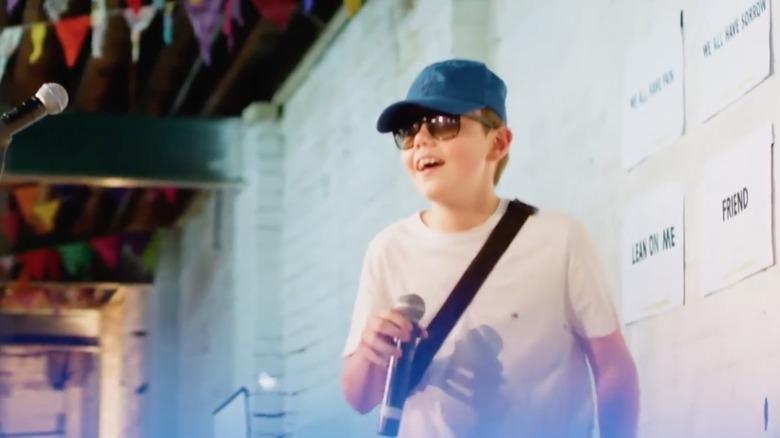 Kid LAROI på scenen i en alder av 14