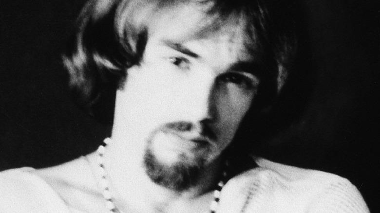 Ron Bushy i svart -hvitt foto