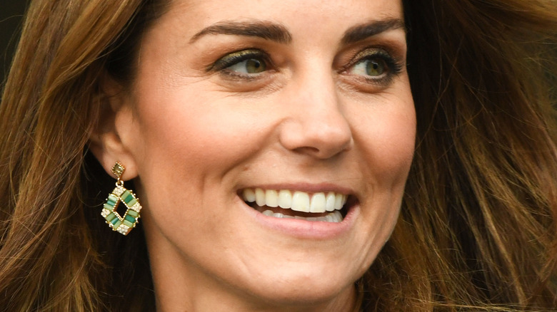 Kate Middleton grønne øredobber