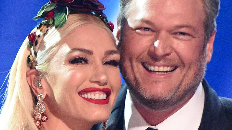 Gwen Stefani og Blake Shelton på Grammys