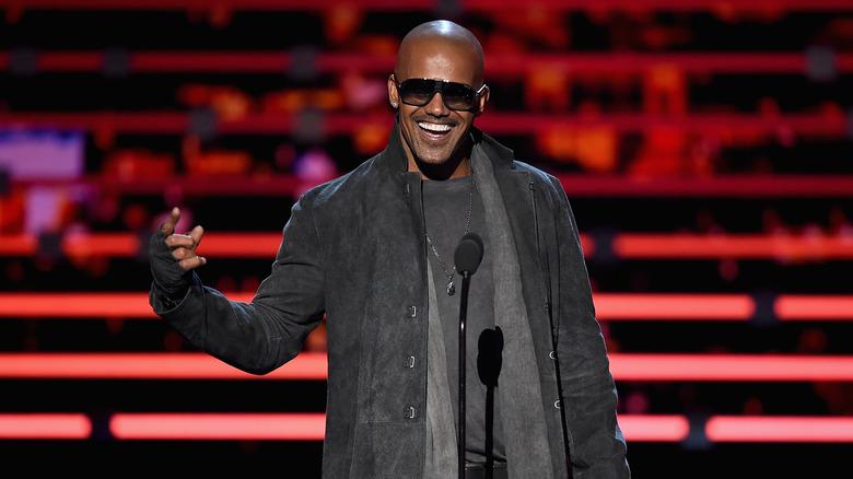 Shemar Moore på scenen på People's Choice Awards