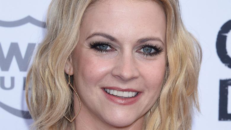 Melissa Joan Hart smiler