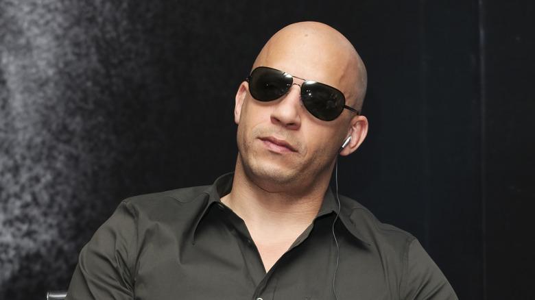 Vin Diesel iført solbriller