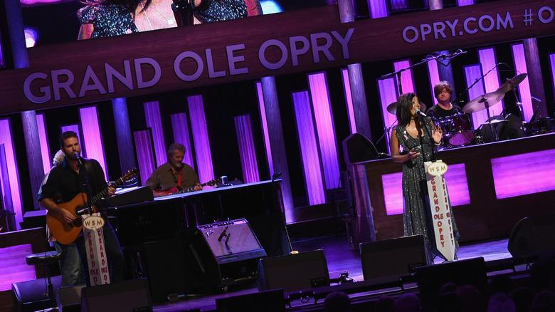 Mickey Guyton på Grand Ole Opry