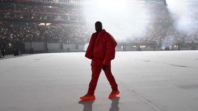 """Kanye West på en """"Donda"""" lytterfest"""