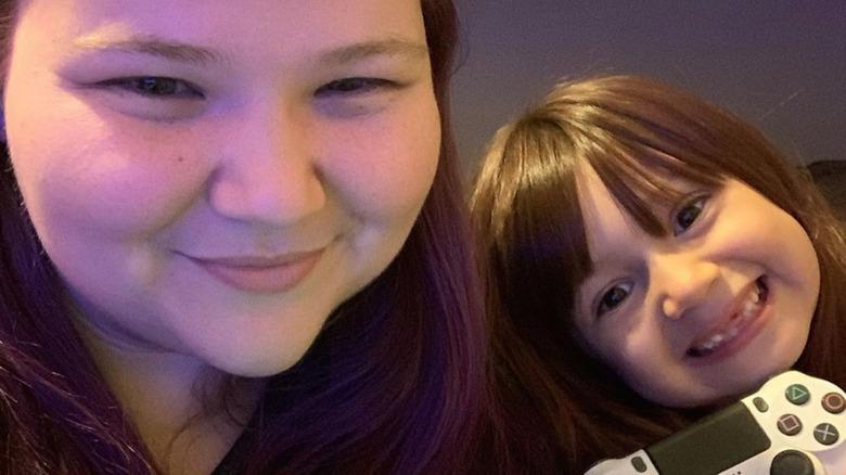 Nicole Nafziger og datteren May