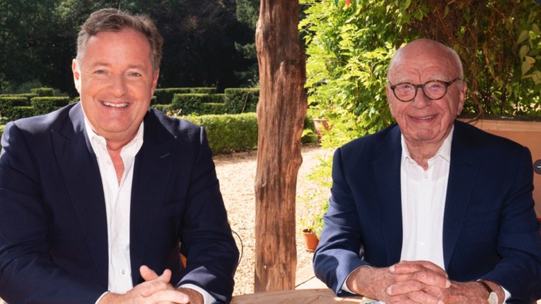 Piers Morgan poserer med Rupert Murdoch