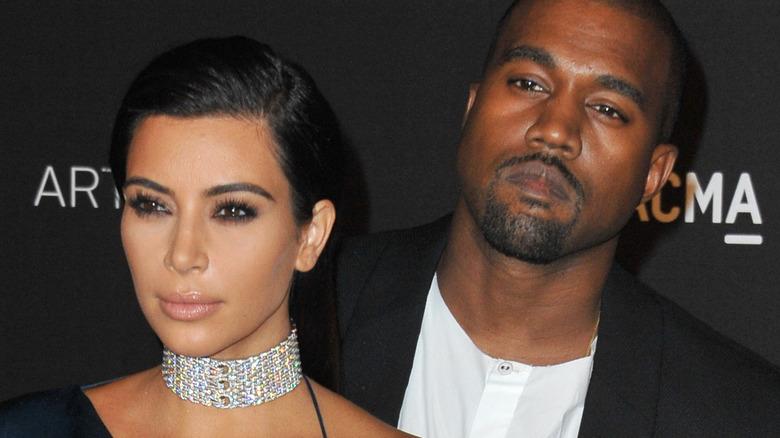Kim Kardashian Kanye West ulmende rød løper