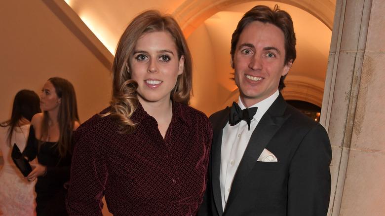 Prinsesse Beatrice av York og Edoardo Mapelli Mozzi deltok på The Portrait Gala 2019