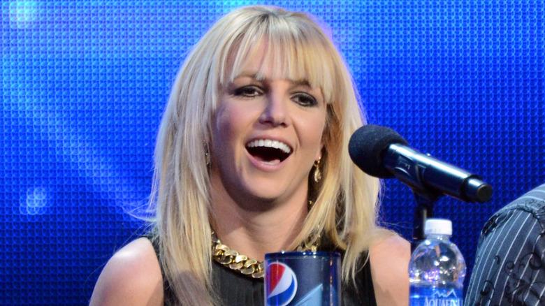 """Britney Spears på settet med """"The X Factor"""""""