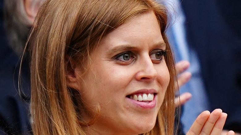 Prinsesse Beatrice ser frem mot starten på semifinalekampene i Singles Ladies