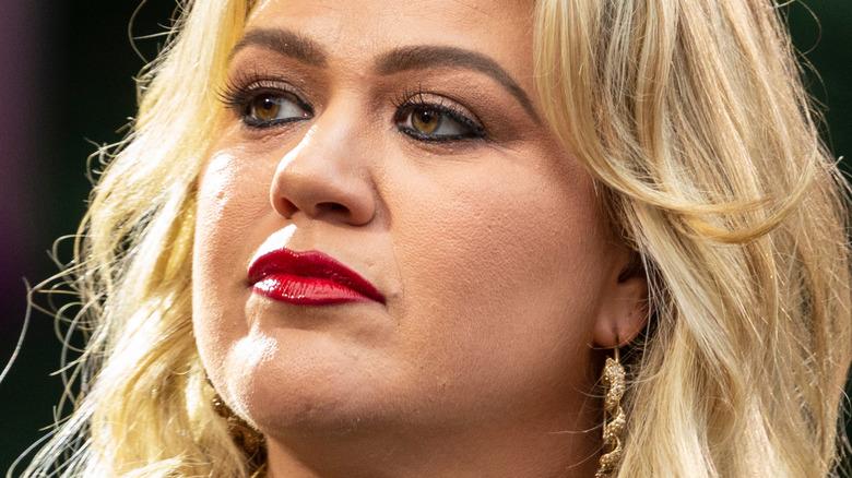 Kelly Clarkson opptrådte