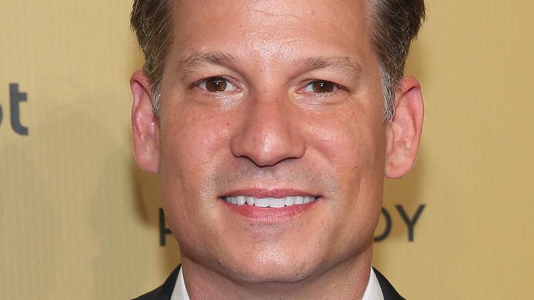 Richard Engel poserer